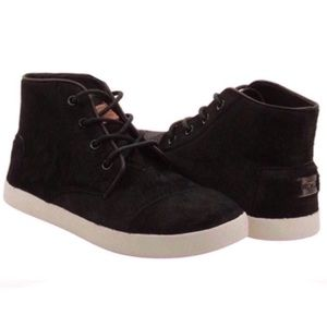 TOMS Paseo High Top Black Piny Hair Sneakers